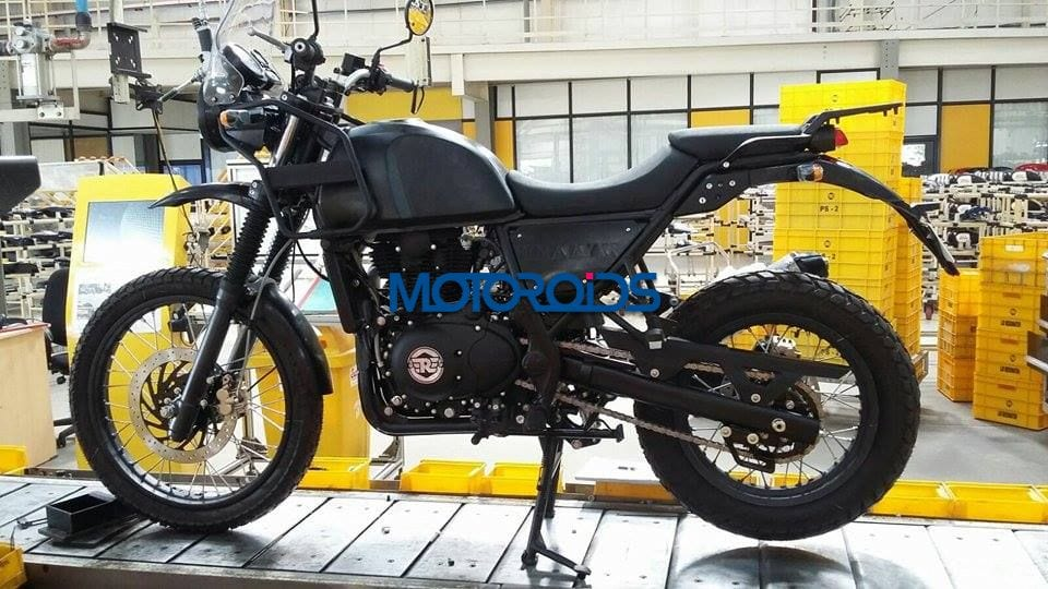 EXCLUSIVE-Royal-Enfield-Himalayan-Spied-on-Production-Line-1-3.jpg.pagespeed.ce.Qm2lQSf-L1