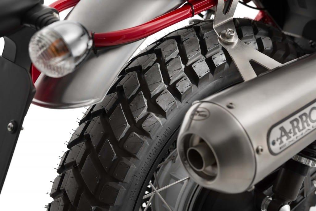 Moto Guzzi V7II Stornello_34postdx (3)