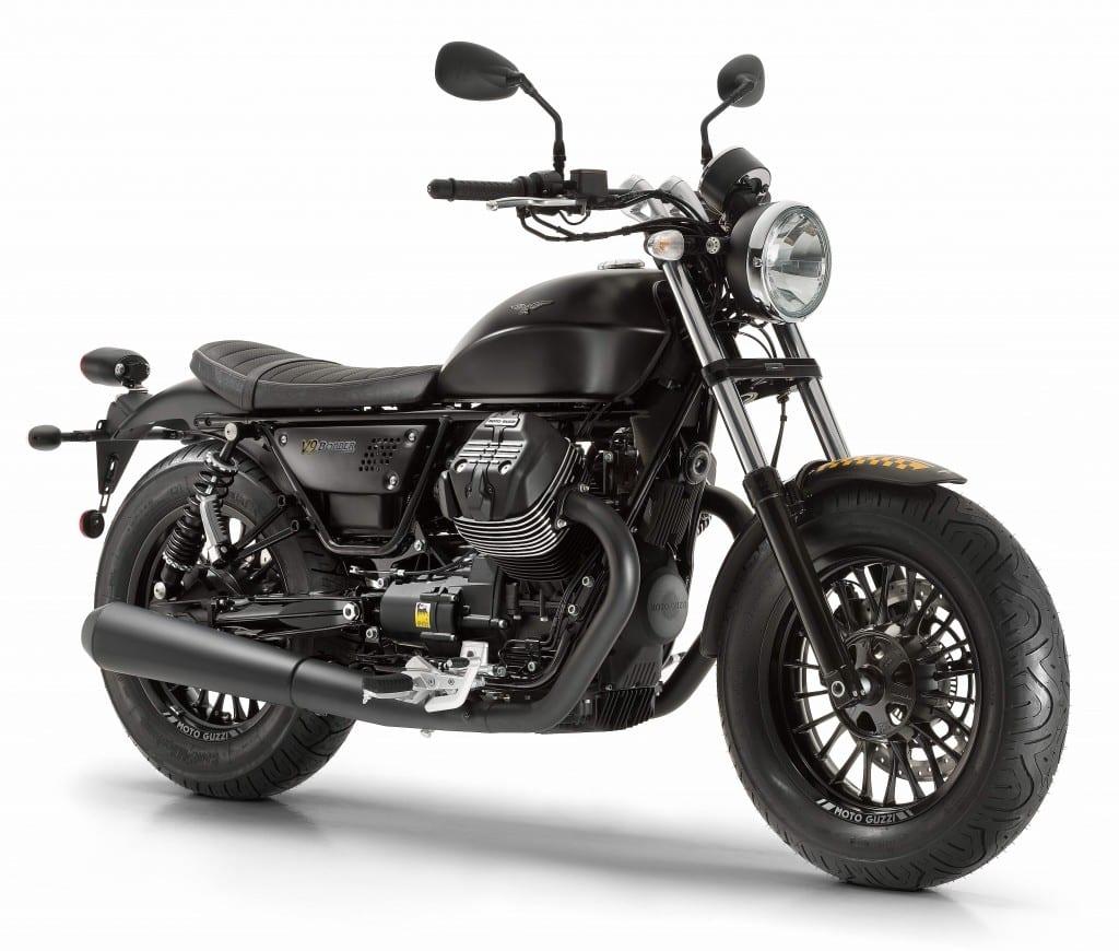 Moto Guzzi V9 Bobber_34dx_nero 2