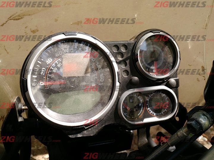Royal-Enfield-Himalayan-Instrument-Cluster.jpg.pagespeed.ce.OXuSzCFTC-