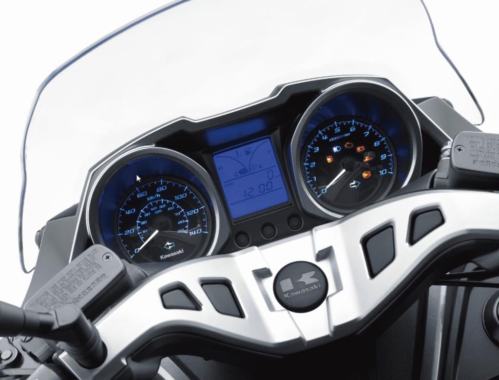 2015-12-14 14_28_21-Analogue speedo, tachometer and digital display - Windows Photo Viewer