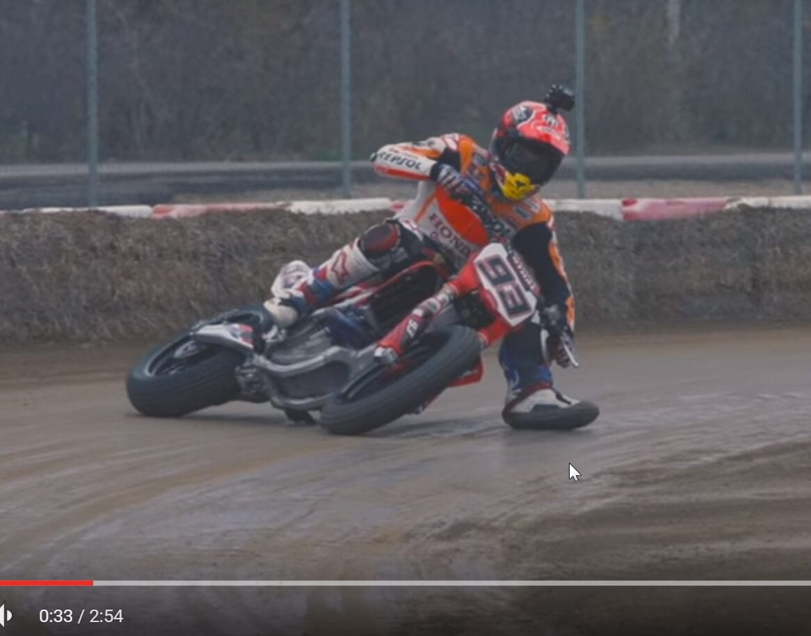 2015-12-16 08_55_33-Insane footage of Marc Márquez, Jared Mees, Brad Baker practicing in Spain - You