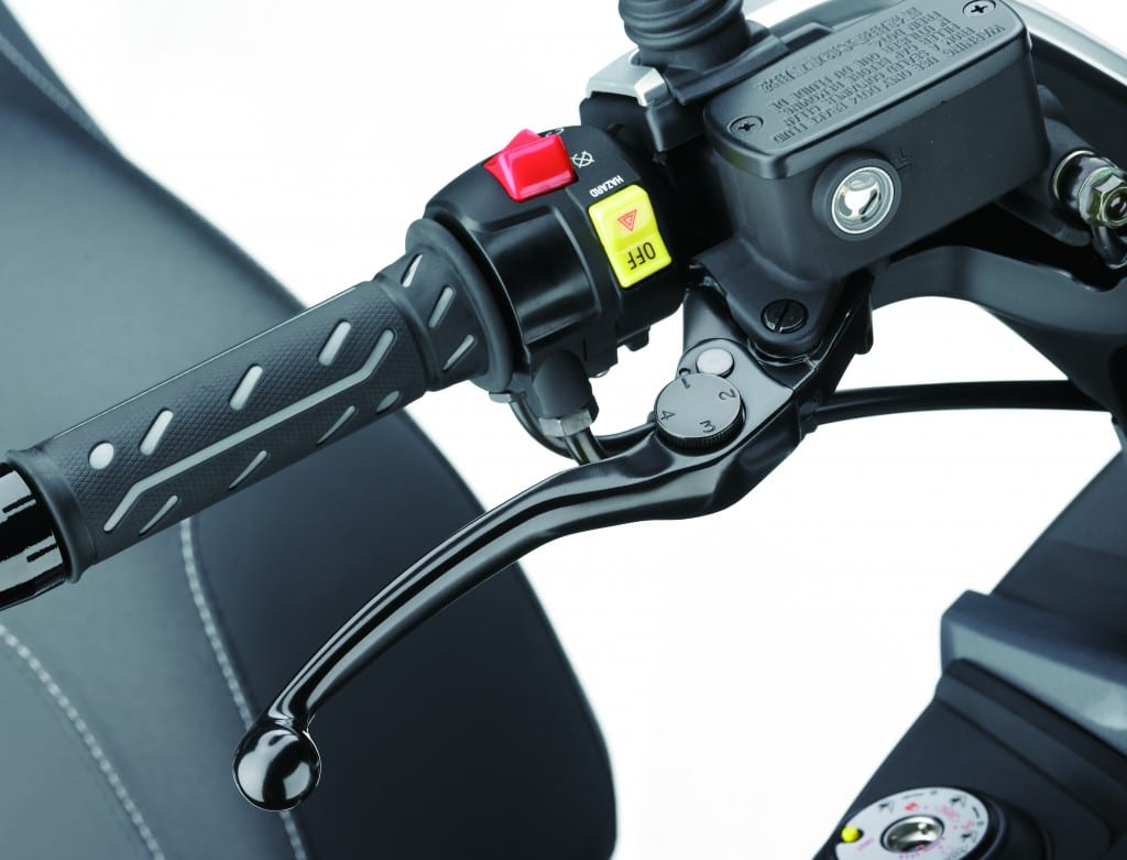 Span adjustable brake lever is a nice touch