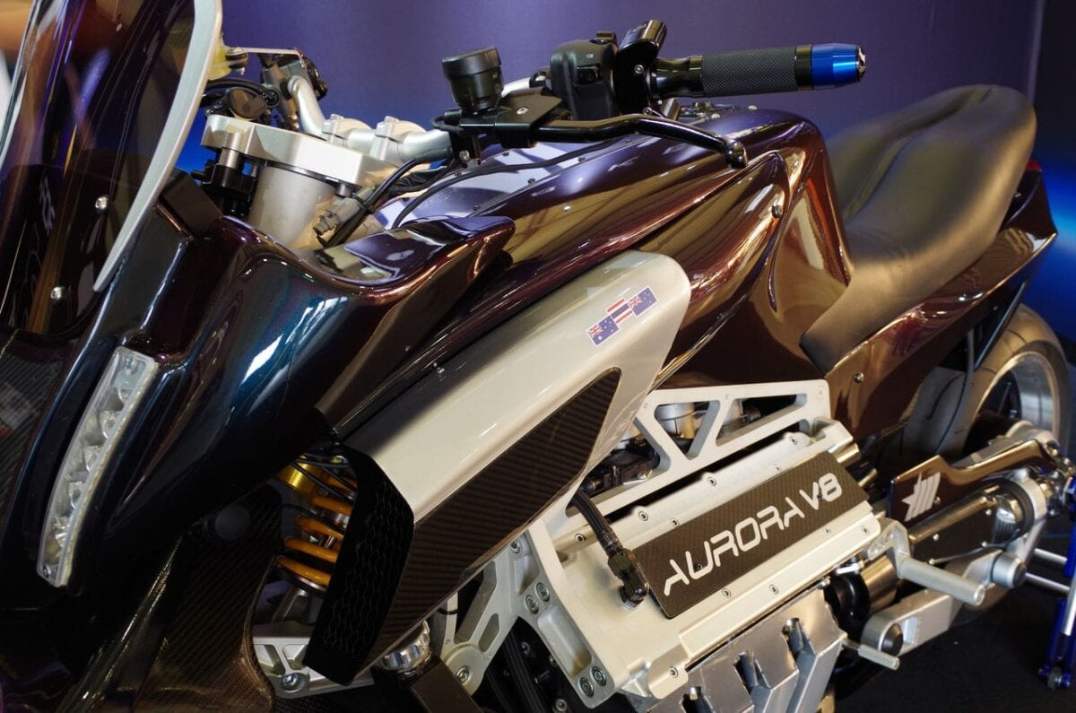 aurora-hellfire-oz26-v8-bike-packs-417-hp-and-319-nm-and-nothing-else-matters-photo-gallery_20
