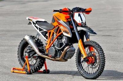 motocikl-ktm-1290-super-enduro-dlya-erzbergrodeo-2016_3