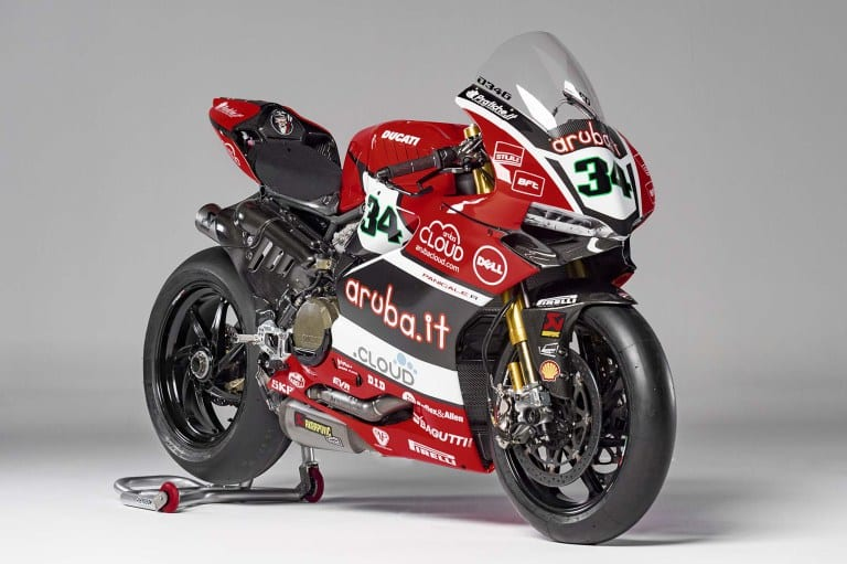 Aruba-Ducati-Corse-World-Superbike-Team-05