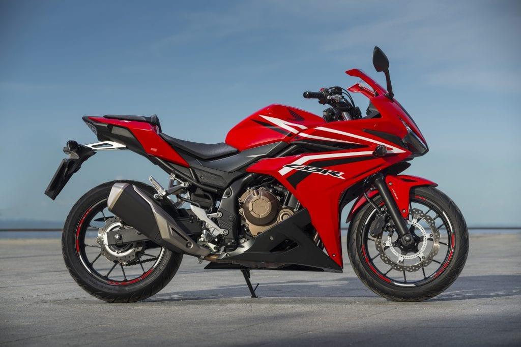 Honda-CBR500R-YM16