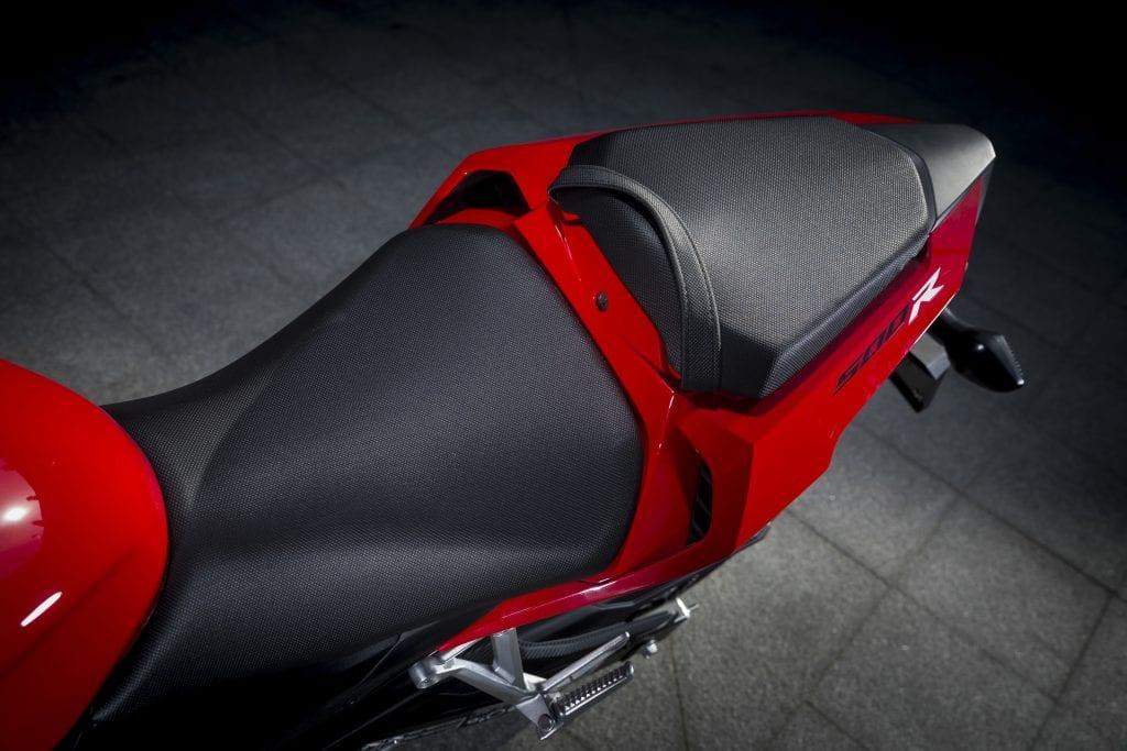 Honda-CBR500R-YM16-092