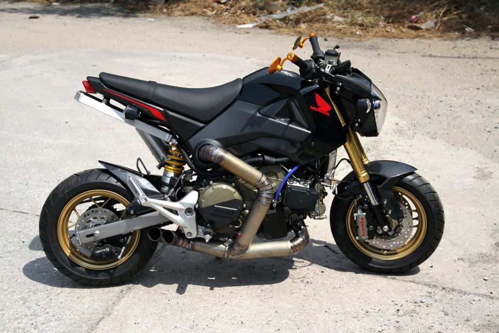 Honda-Grom-MSX125-with-a-Ducati-1199-Panigale-R-engine-01-1024x683