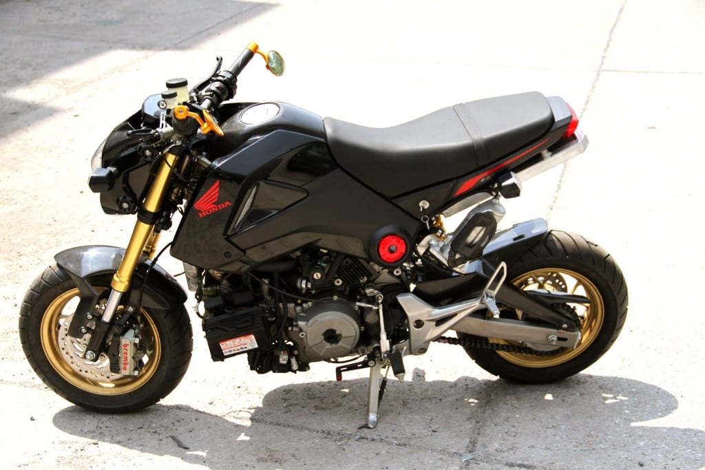 Honda-Grom-MSX125-with-a-Ducati-1199-Panigale-R-engine-03-1024x683