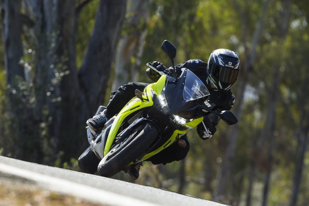 Honda_CBR500R_YM16
