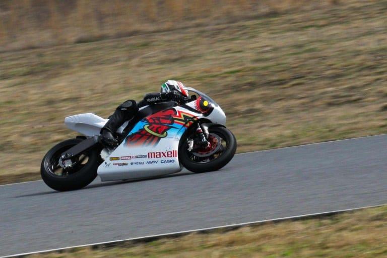 2016-Mugen-Shinden-Go-Isle-of-Man-TT-electric-superbike-01