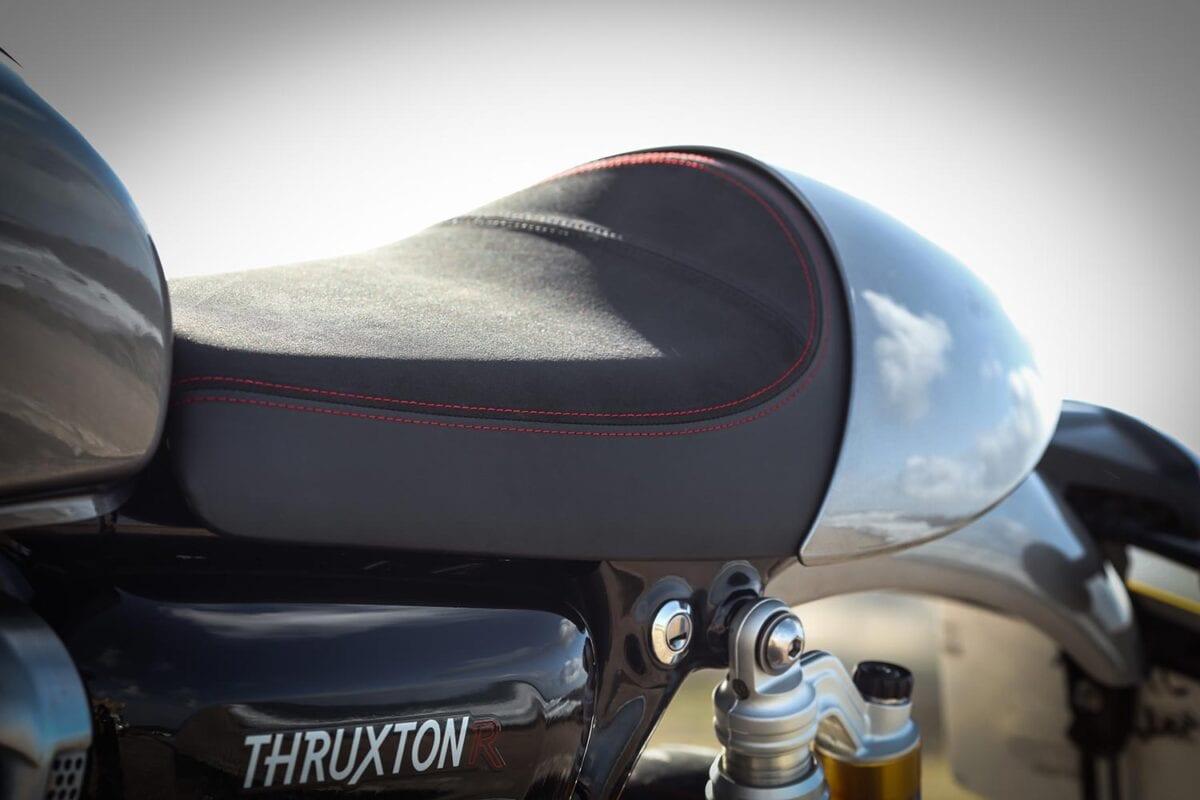 2016-Triumph-Thruxton-R_016