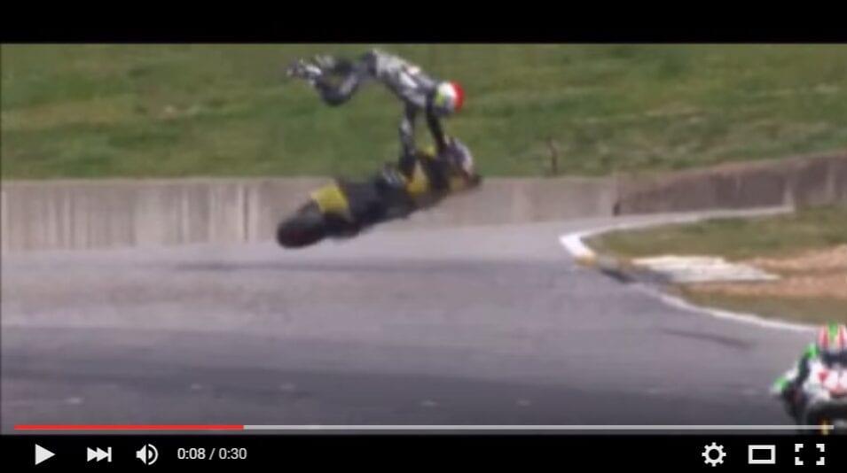 2016-04-21 10_31_57-Josh Day Crash MotoAmerica Superstock 1000 - YouTube