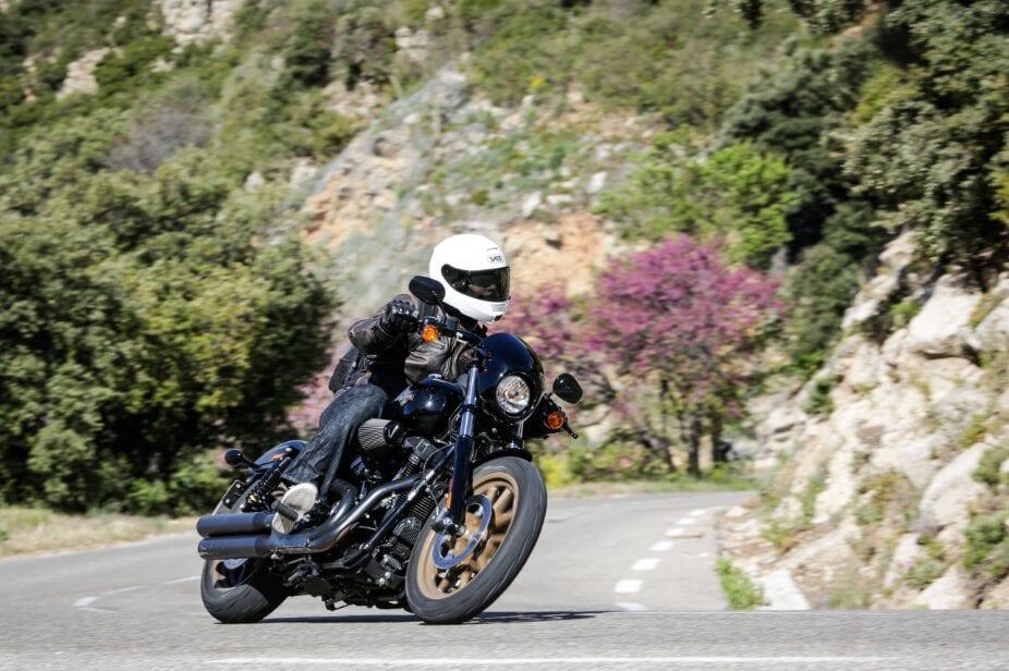 Harley-Davidson Low Rider S - corner