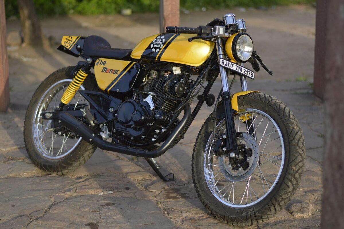 custom-cafe-racer-by-hustler-moto-bajaj-pulsar-150-14