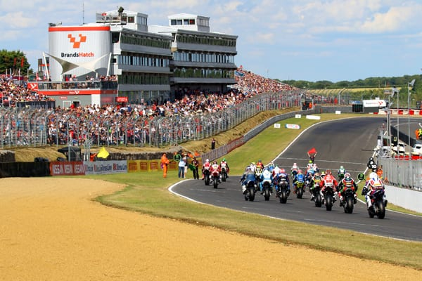 bluewater-becomes-the-next-stop-for-mce-british-superbike-stars-ahead-of-brands-hatch-01