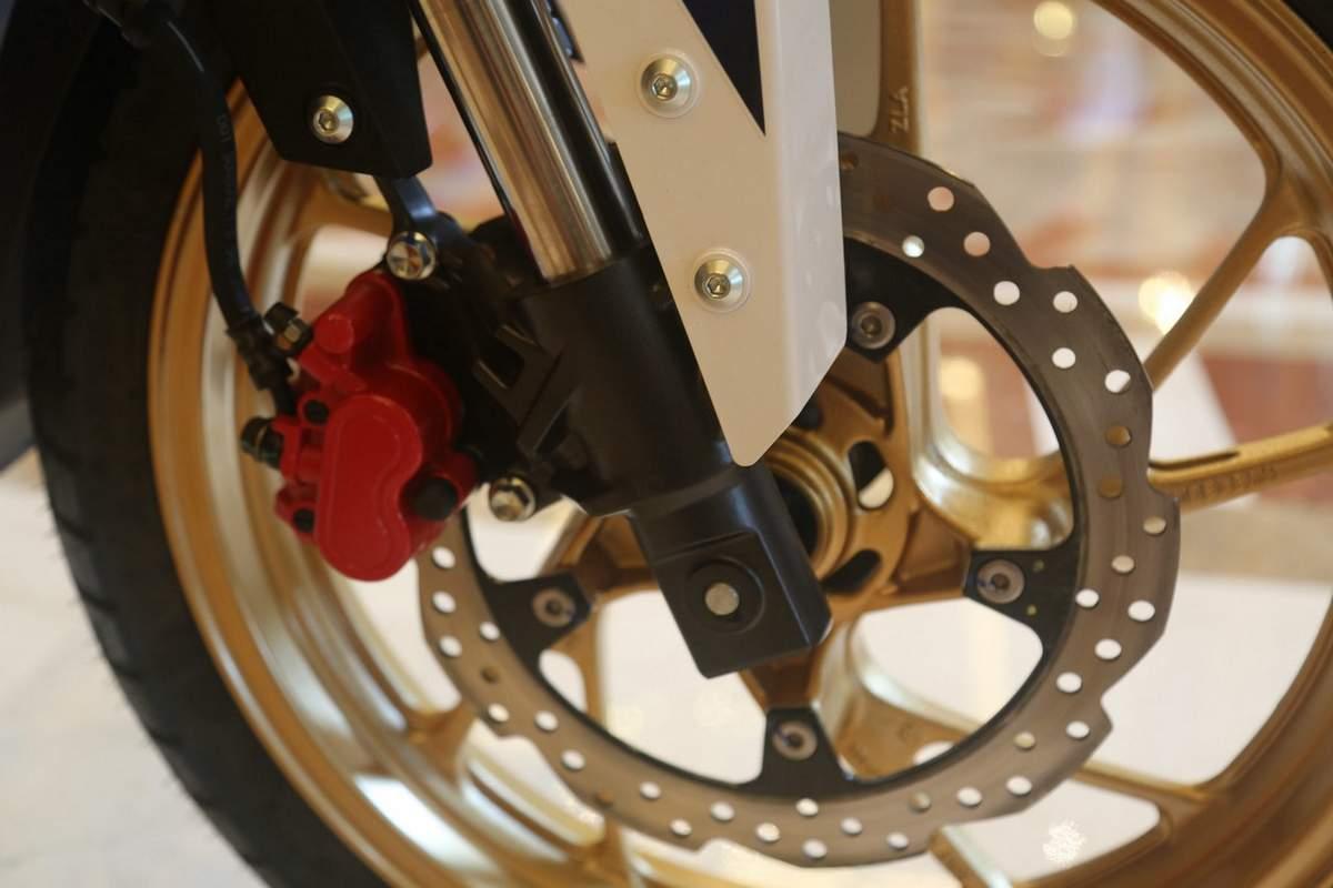 honda-cbf190x-front-disc-brake