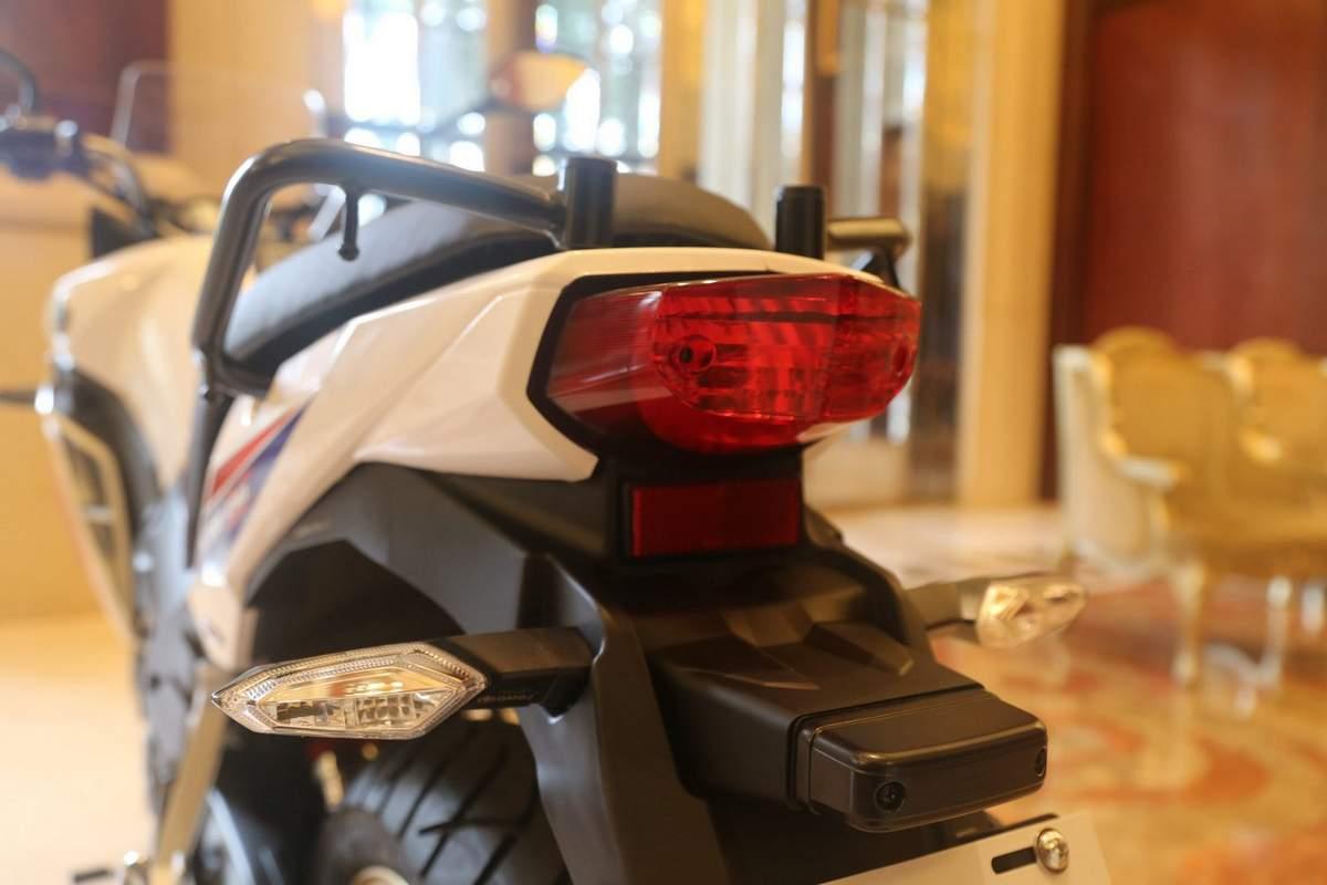 honda-cbf190x-tail-lamp