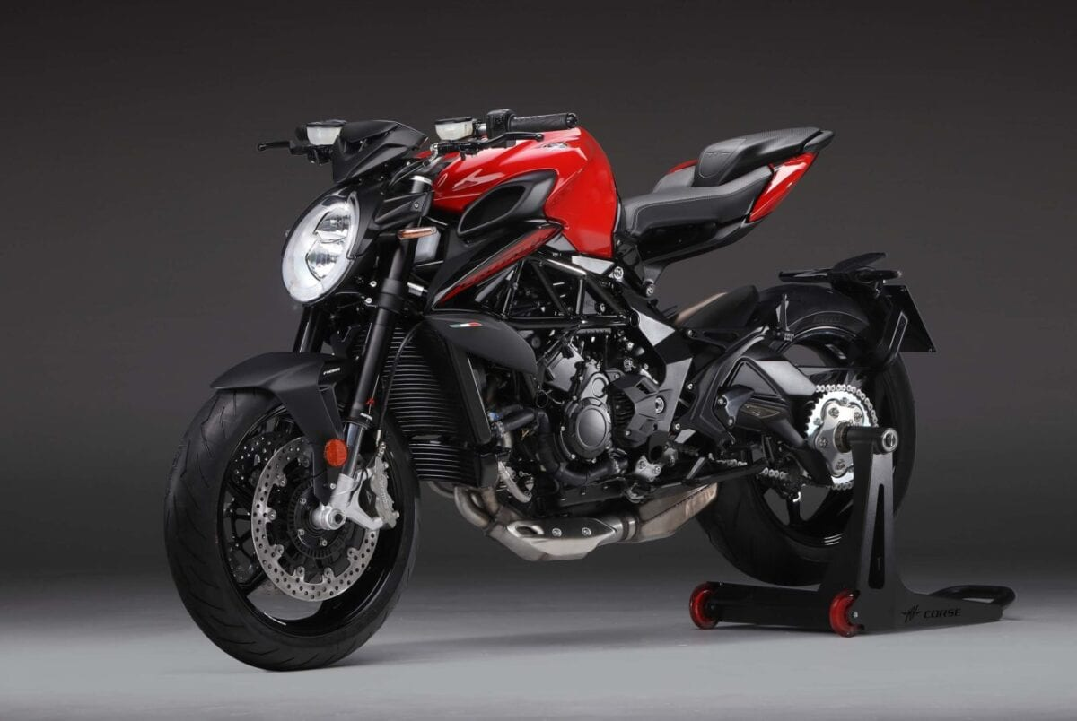 The 2020 MV Agusta Brutale 800 motorcycle in the firm's Rosso Red. Gopping headlight, everything else is on poooooiiiinnnnntttt.