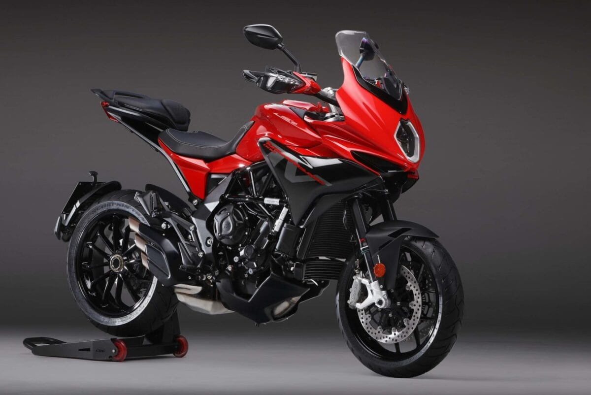 The MV Agusta Turismo Beloce 800 Rosso is a fine looking motorcycle. Especially now it's been dipped in that liquid-red shiny goodness.