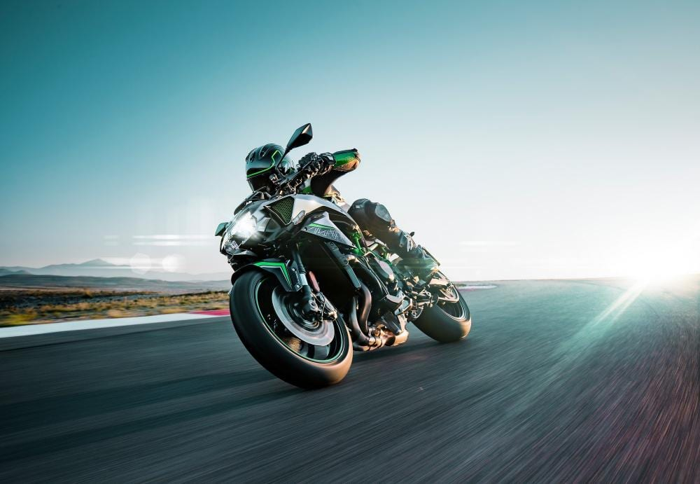 Kawasaki release TWO videos of the Z H2. FIND out more about the 200bhp supercharged naked motorcycle.