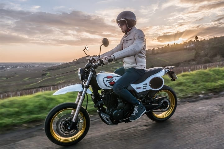 Mash's X-Ride 650 Classic. French-built RETRO enduro motorcycle unveiled TODAY.