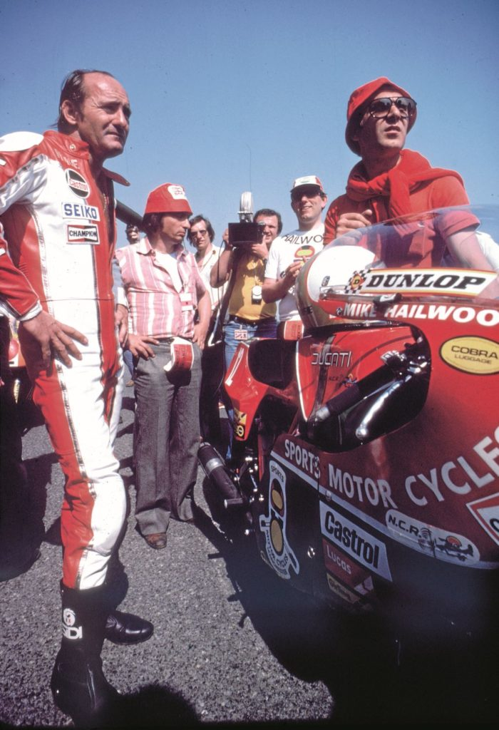 Mike Hailwood about to set off at the start of the 1978 Isle of Man TT Senior race.