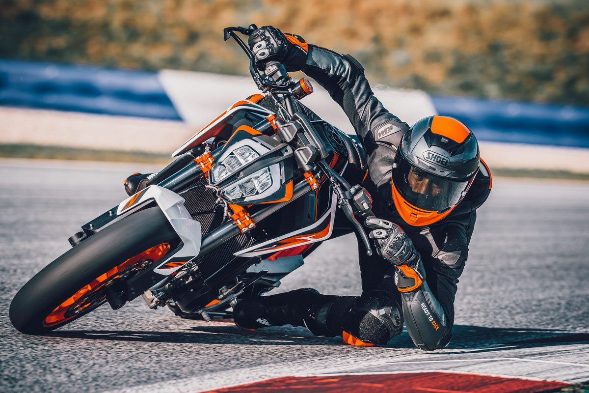 STREAM the WORLD LAUNCH of KTM's 890 Duke R. Right HERE at 4pm.