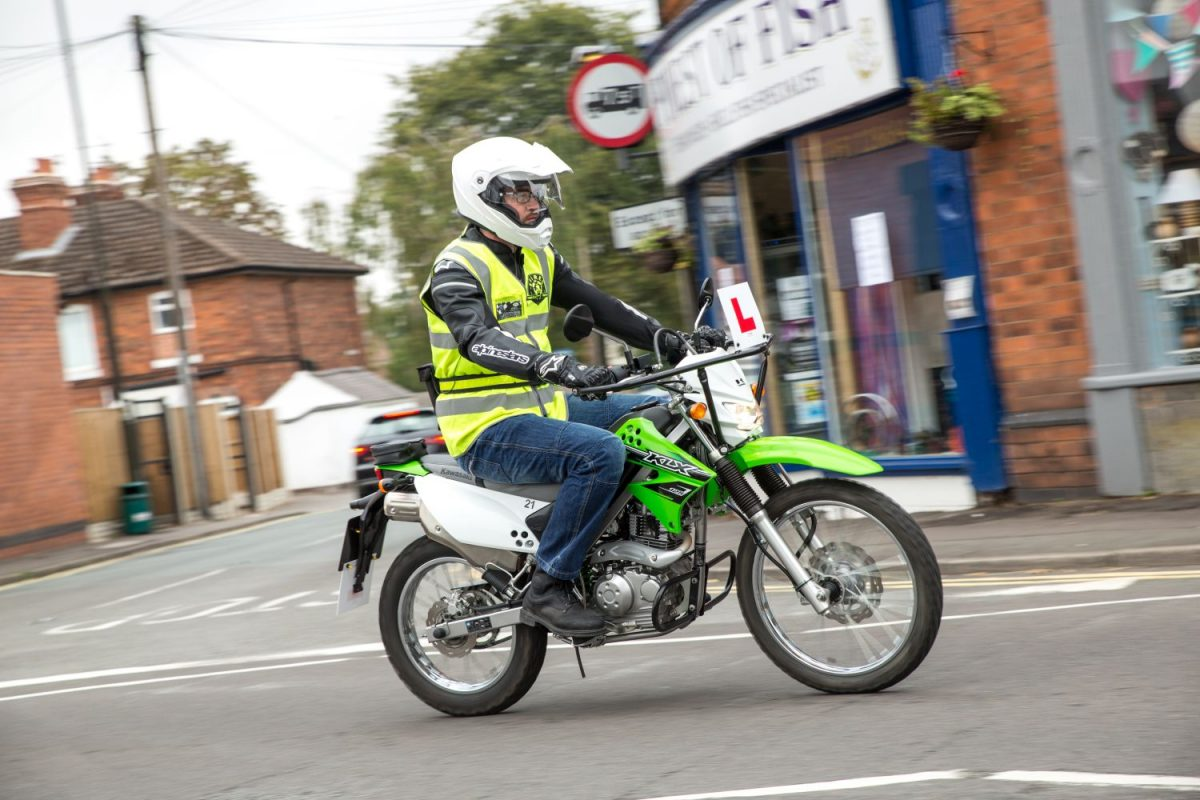 GET ON 2 WHEELS Everything YOU need to know to get a full motorcycle licence CBT, Theory, Module One and Module Two EXPLAINED