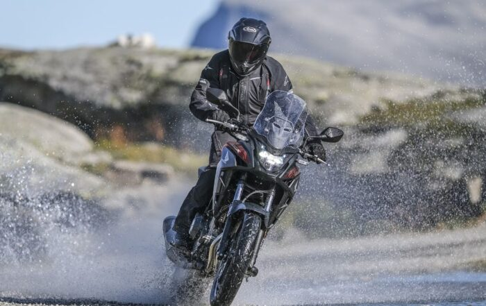 Honda reveals all-new CB400X mini-adventurer