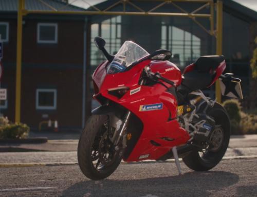 Ultimate Sportsbike: Ducati Panigale V2