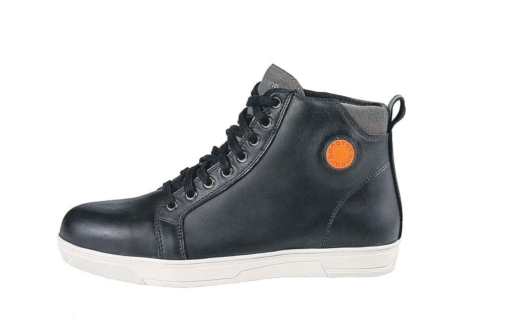 Tucano boots